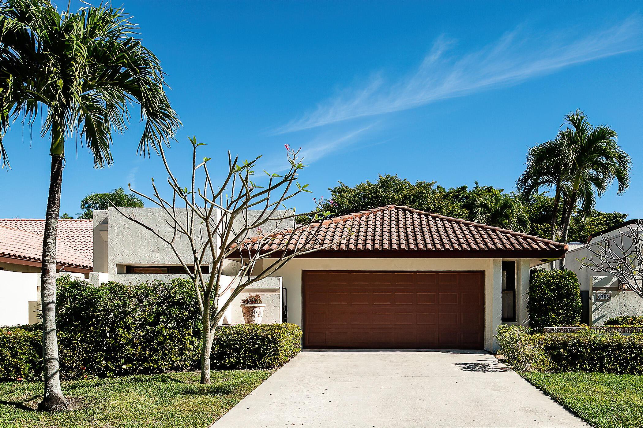 6755  Lago Vista Terrace  For Sale 10709019, FL