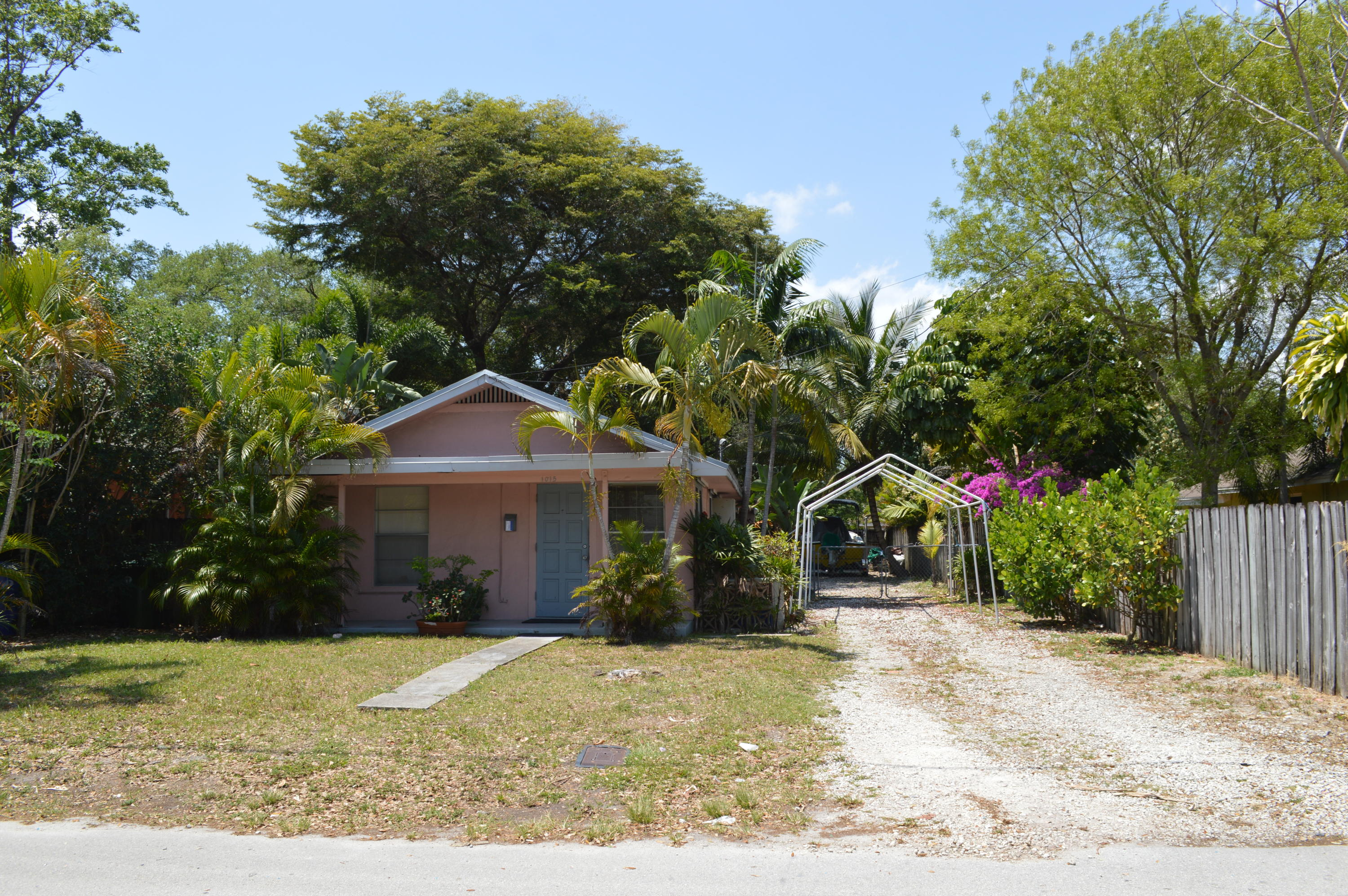 Home for sale in RIVERSIDE NO 3 Fort Lauderdale Florida