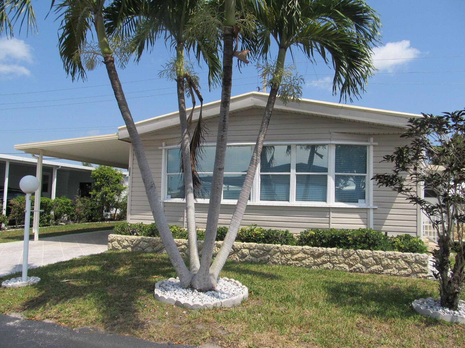 Home for sale in JAMAICA BAY MOBILE HOME CO OP Boynton Beach Florida