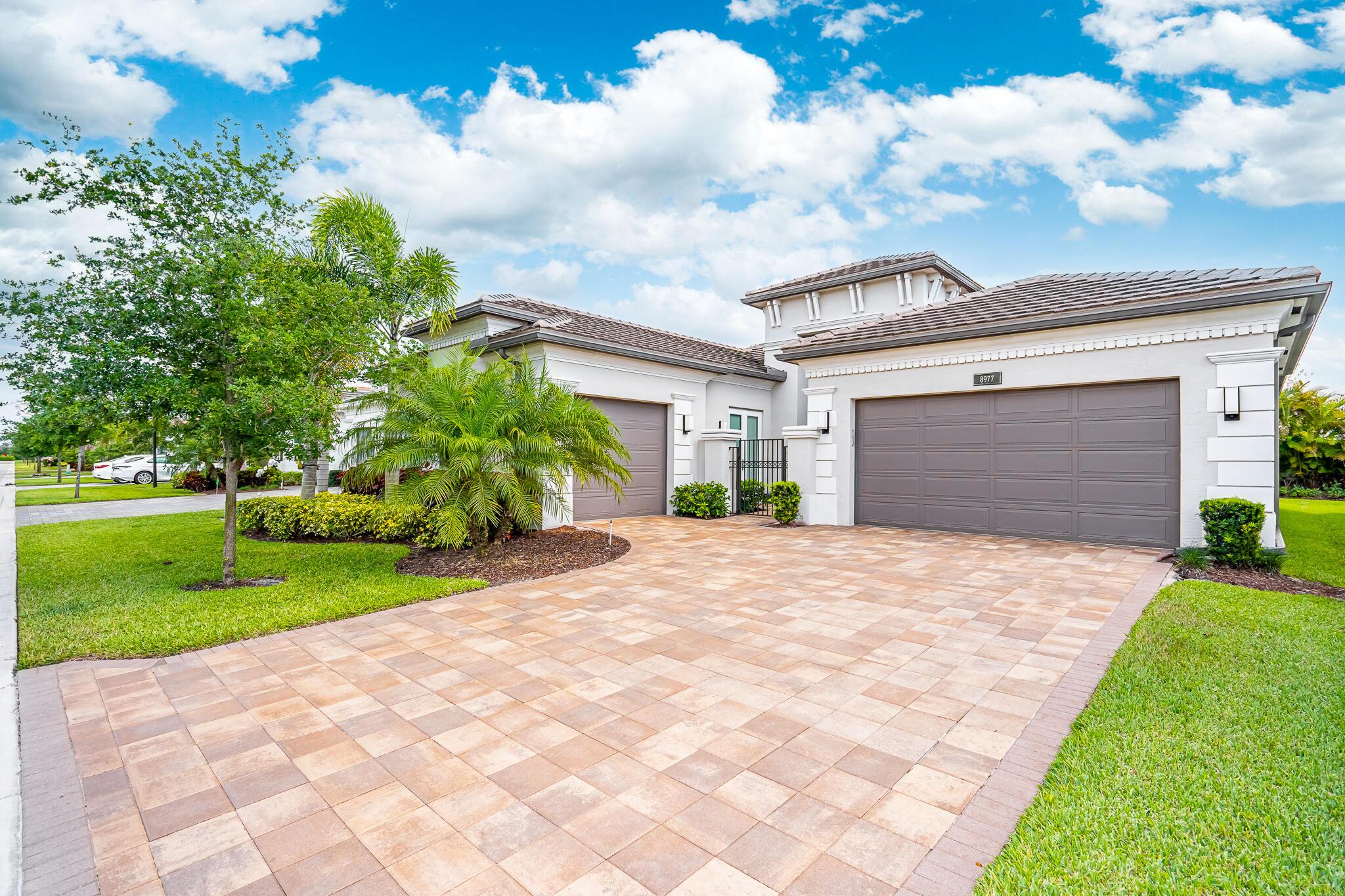 8977 Golden Mountain Circle  Boynton Beach FL 33473