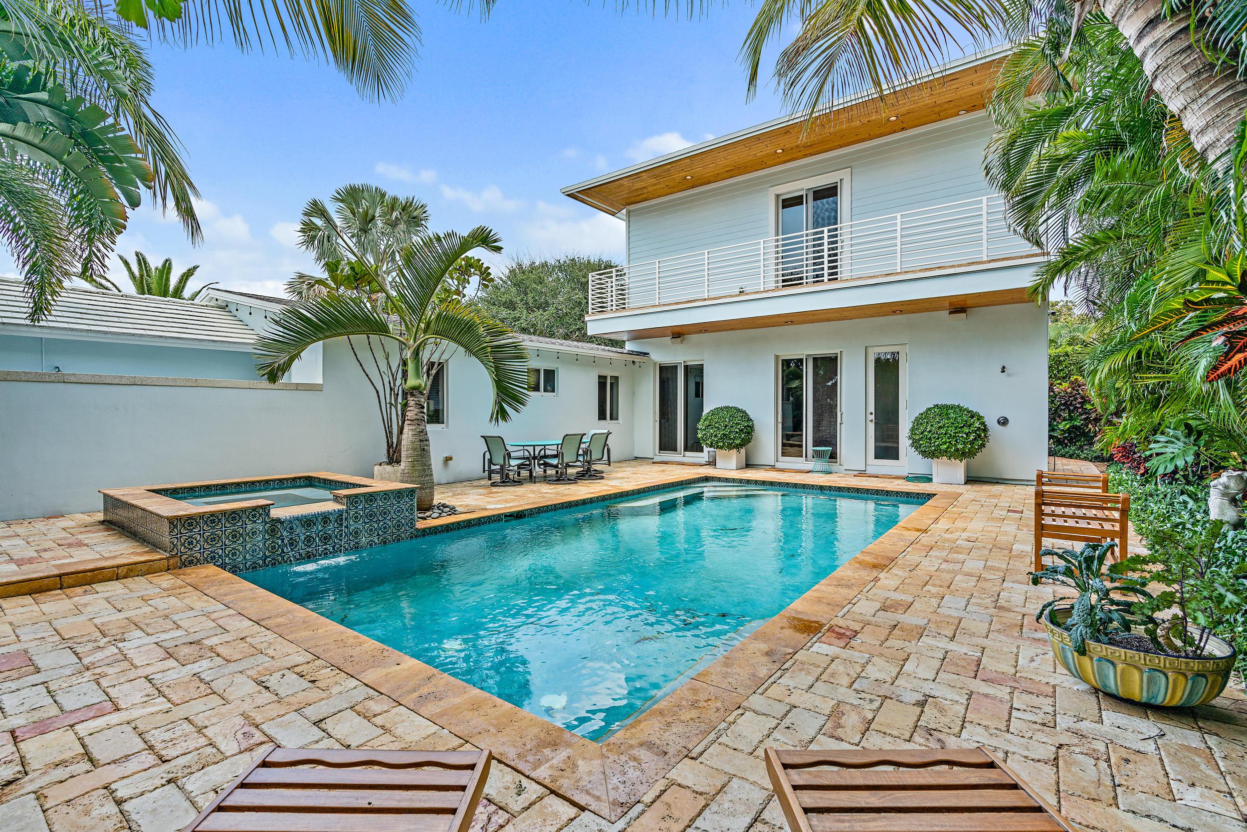 203 Arlington Road West Palm Beach, FL 33405