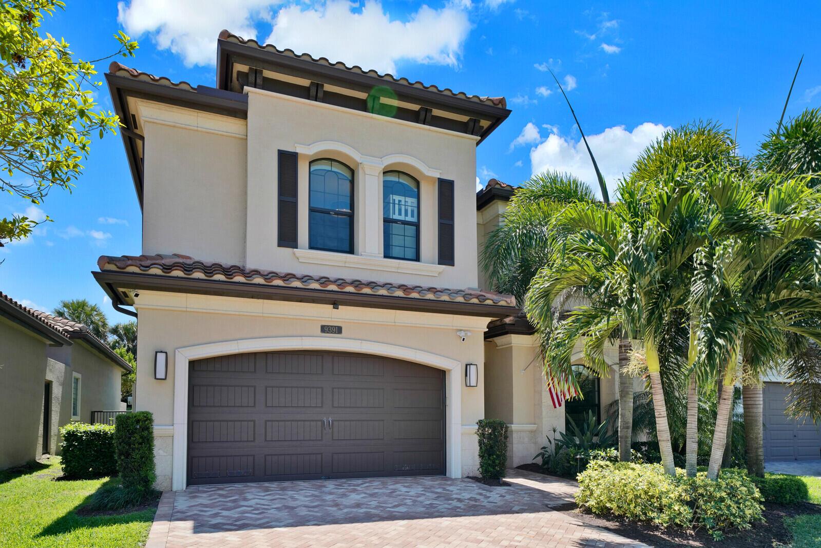 9391  Eden Roc Court  For Sale 10710309, FL