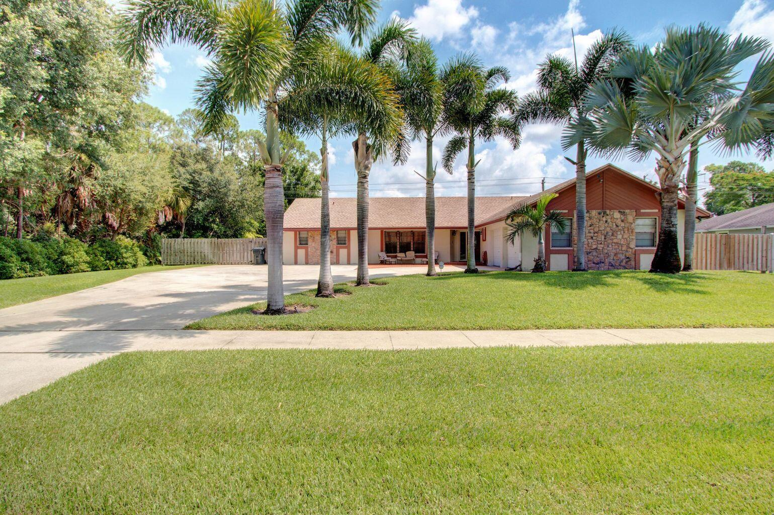 12289  Old Country Road  For Sale 10709499, FL