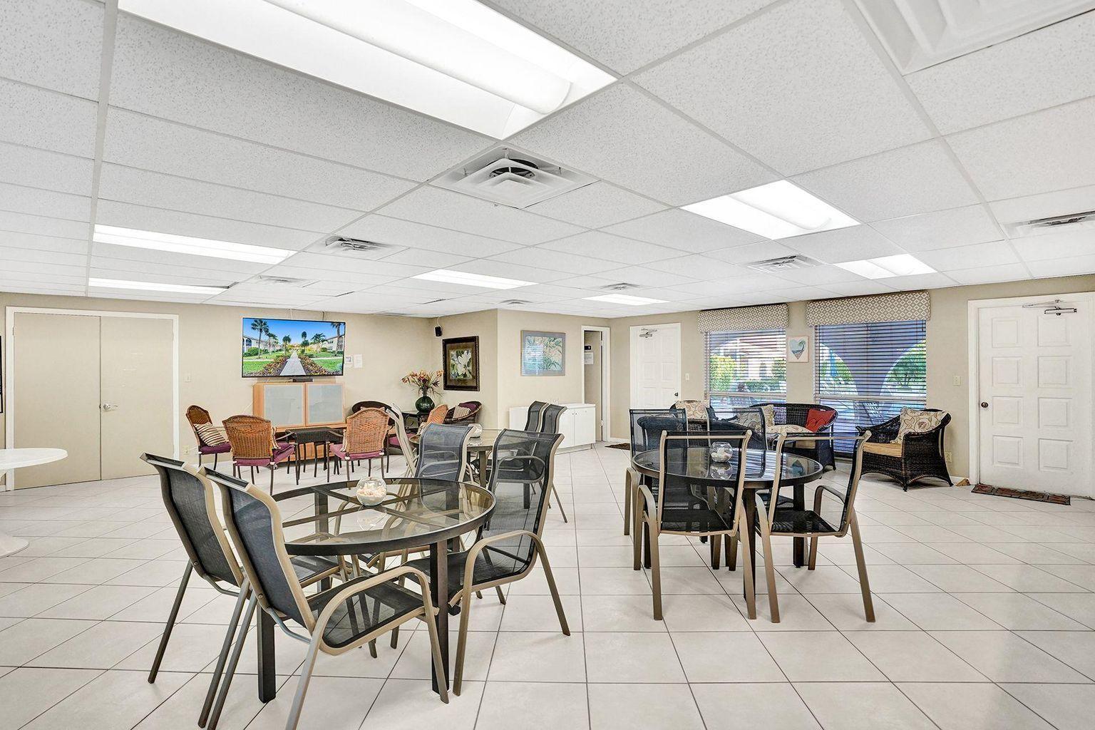 250 NE 20th Street 1180 Boca Raton, FL 33431 photo 37