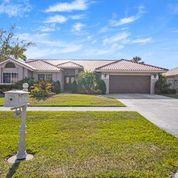 9664 W Lake Court  For Sale 10709298, FL