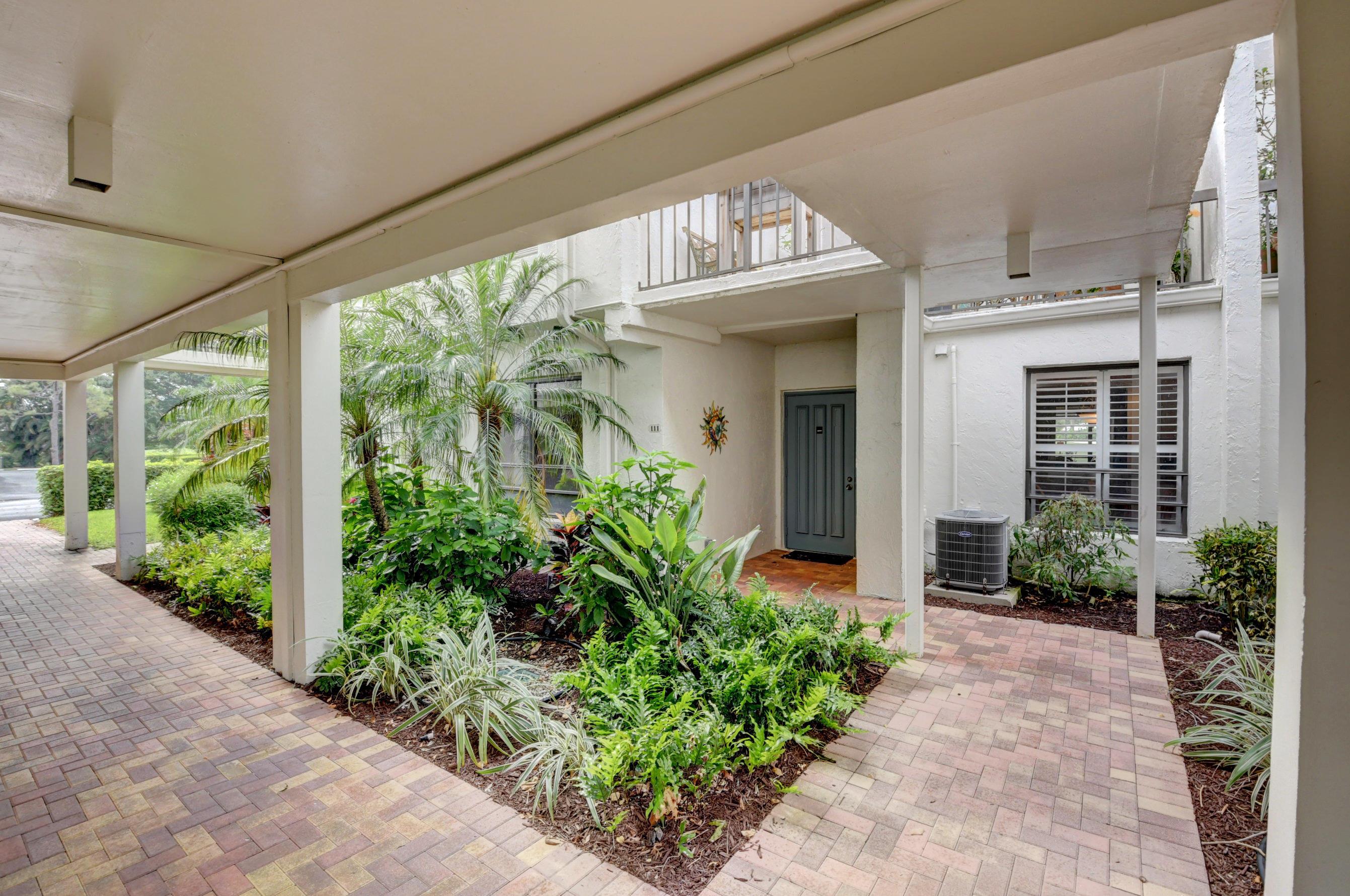 830  Greensward Court 111-H For Sale 10710491, FL