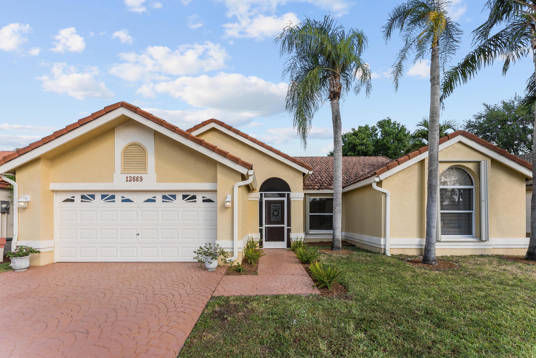 12669  White Coral Drive  For Sale 10709415, FL