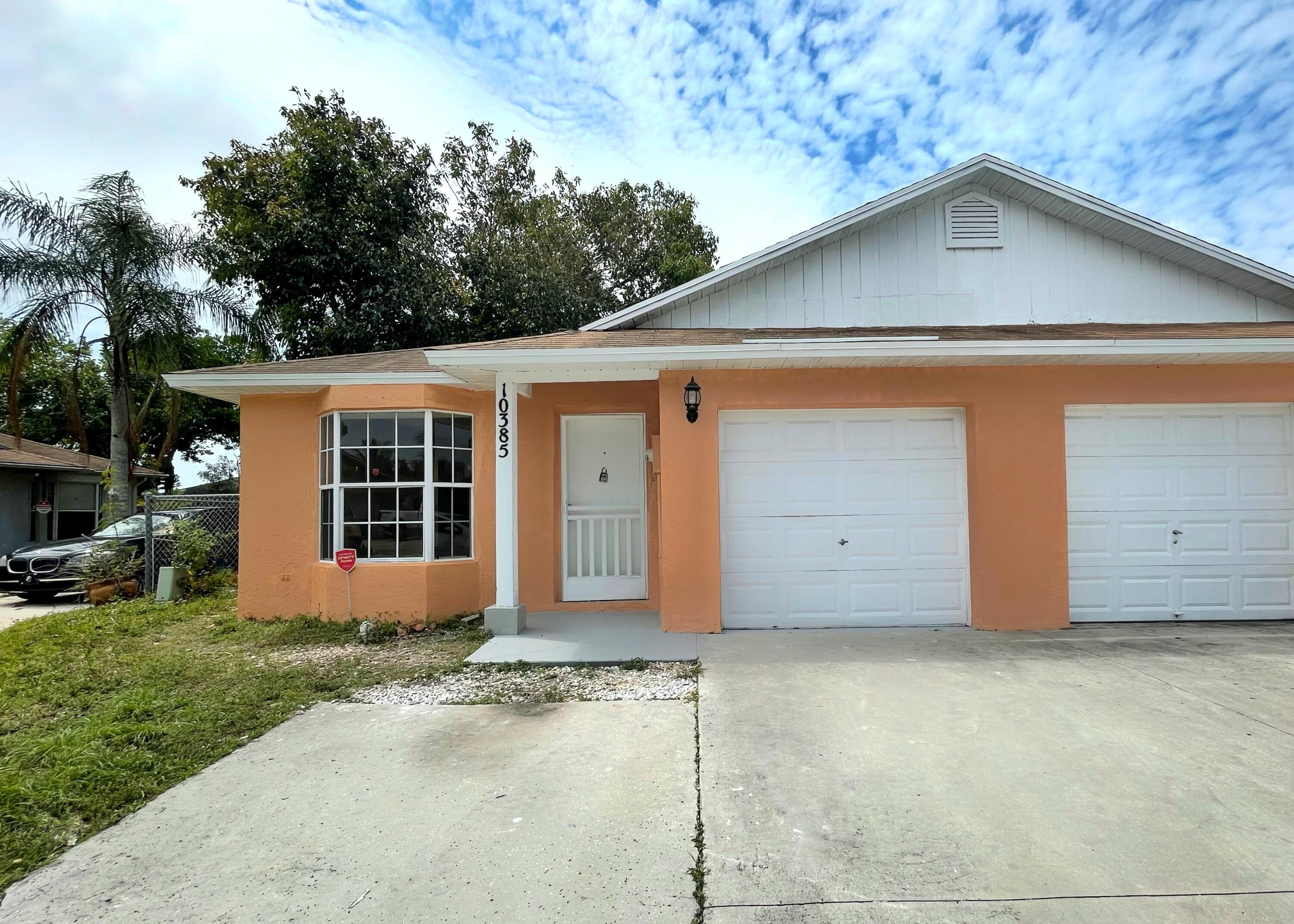 10385 Boynton Place Circle  Boynton Beach FL 33437