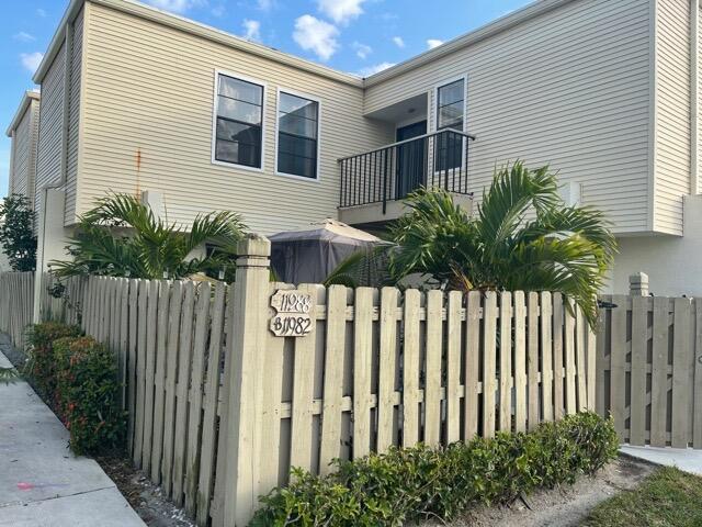 11988  Shakerwood Lane  For Sale 10709641, FL