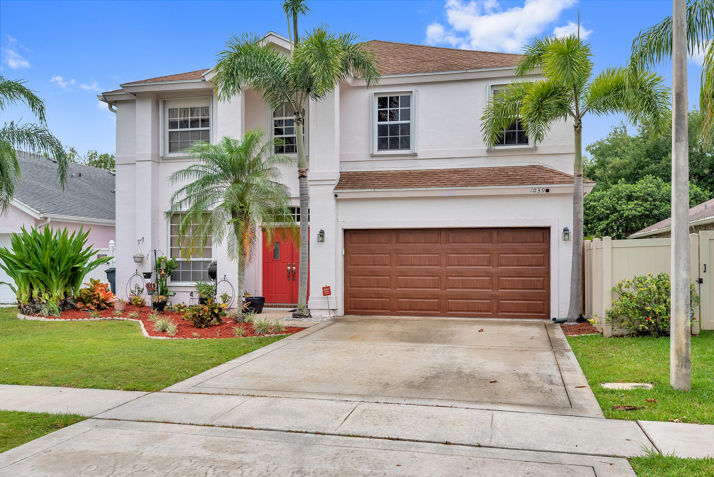 1039  Aviary Road  For Sale 10709676, FL