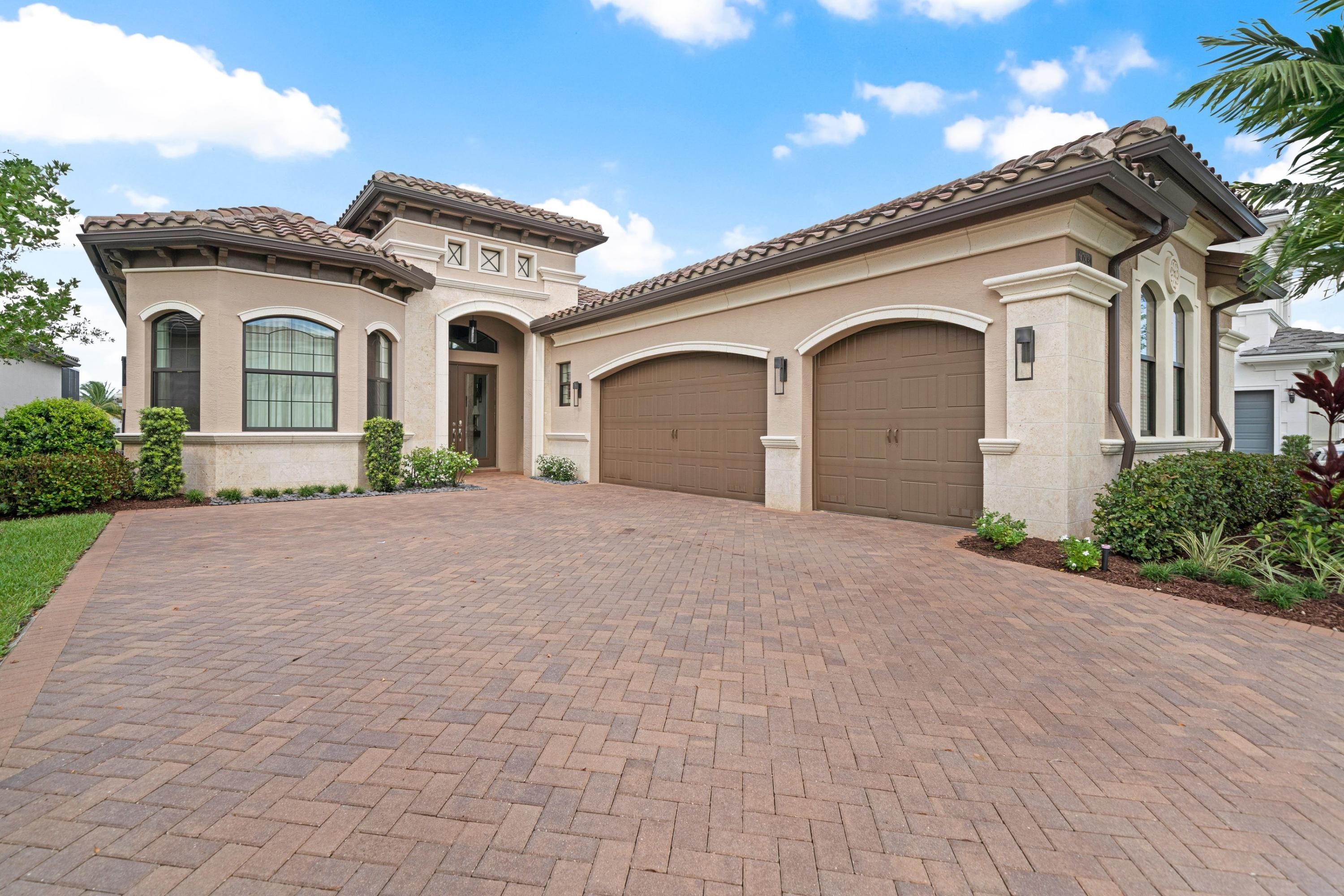 Photo of 9783 Vitrail Lane, Delray Beach, FL 33446