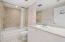 Great condition full bathroom