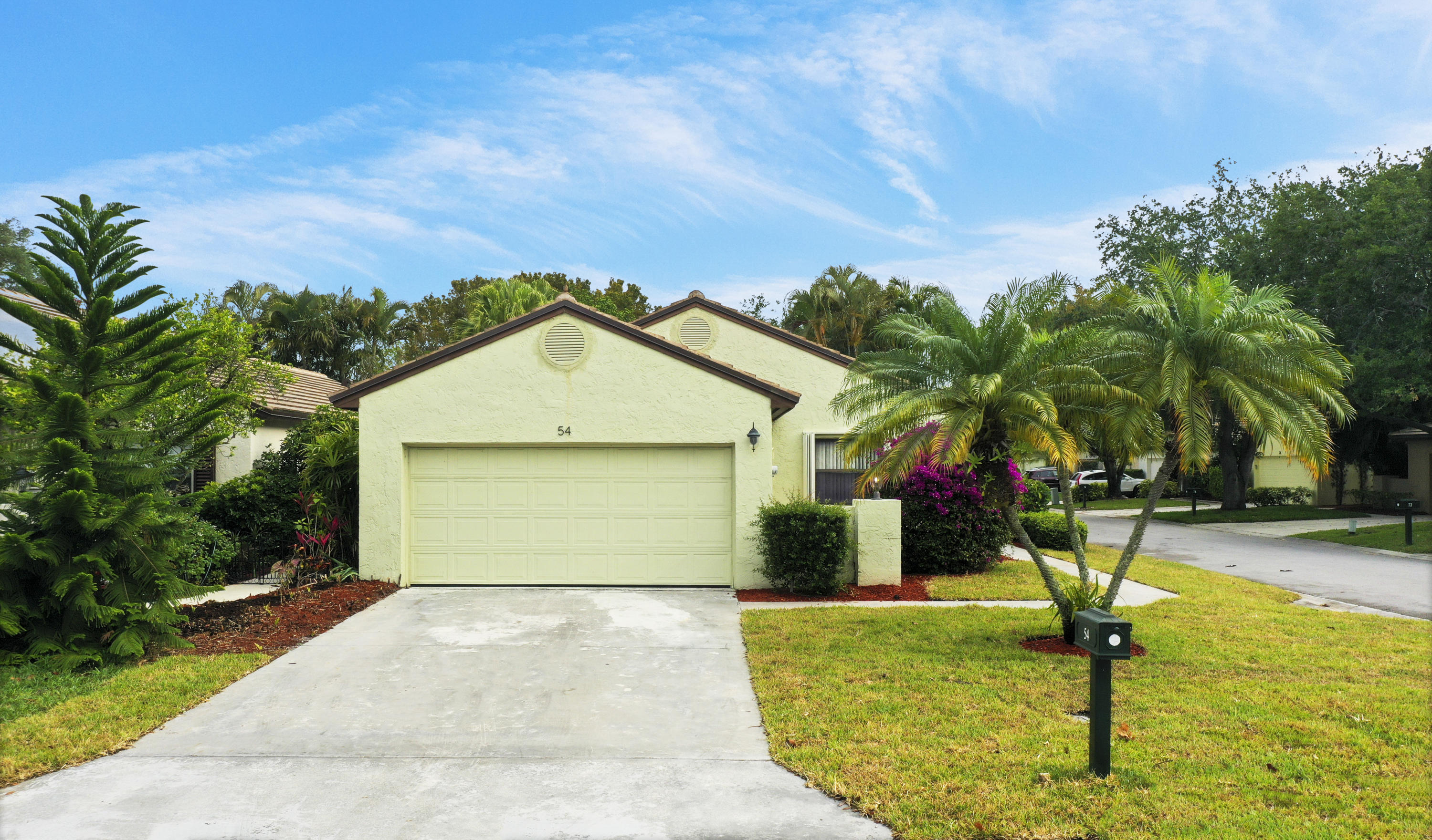 Home for sale in PGA RESORT COMMUNITY OF IRONWOOD 1 Palm Beach Gardens Florida