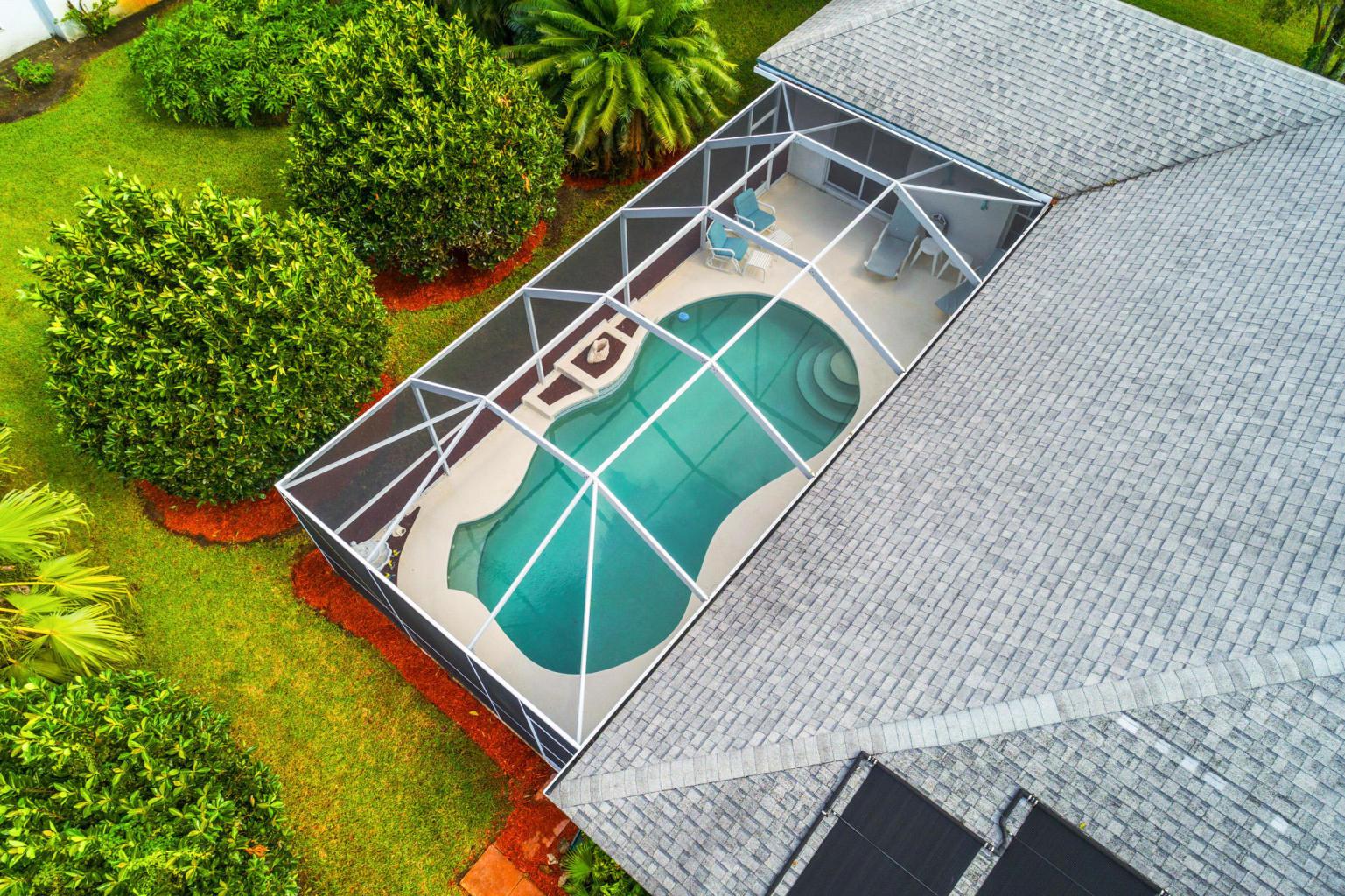 Arial Pool 1