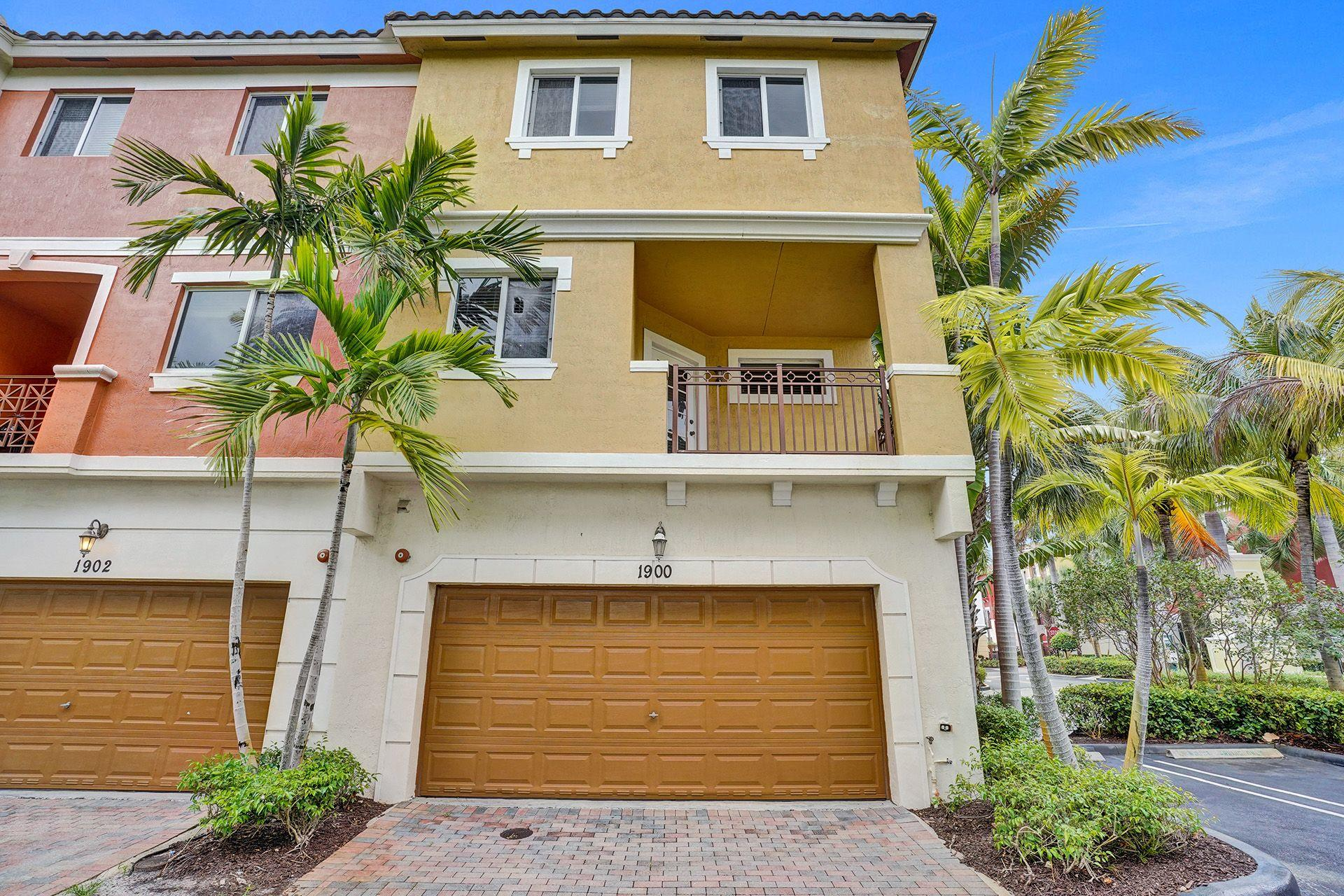 1900  Coastal Bay Boulevard  For Sale 10710100, FL
