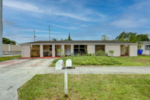 1500 SW 67th Avenue, North Lauderdale, FL 33068