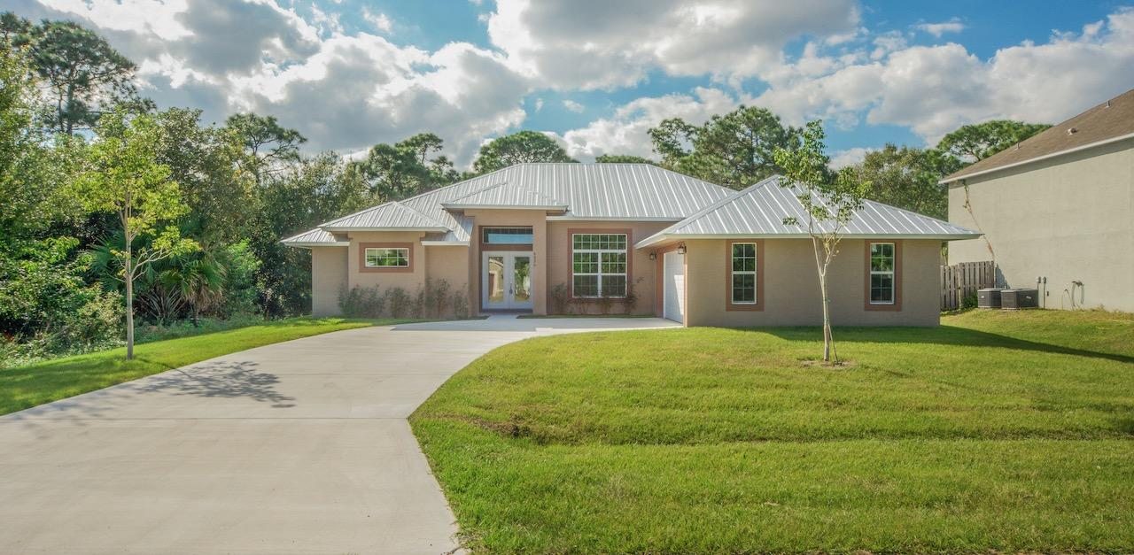 Listing photo id 3 for 4431 Jaunt Road Sw