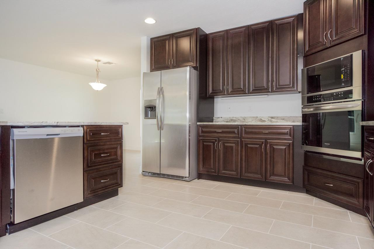 Listing photo id 17 for 4431 Jaunt Road Sw