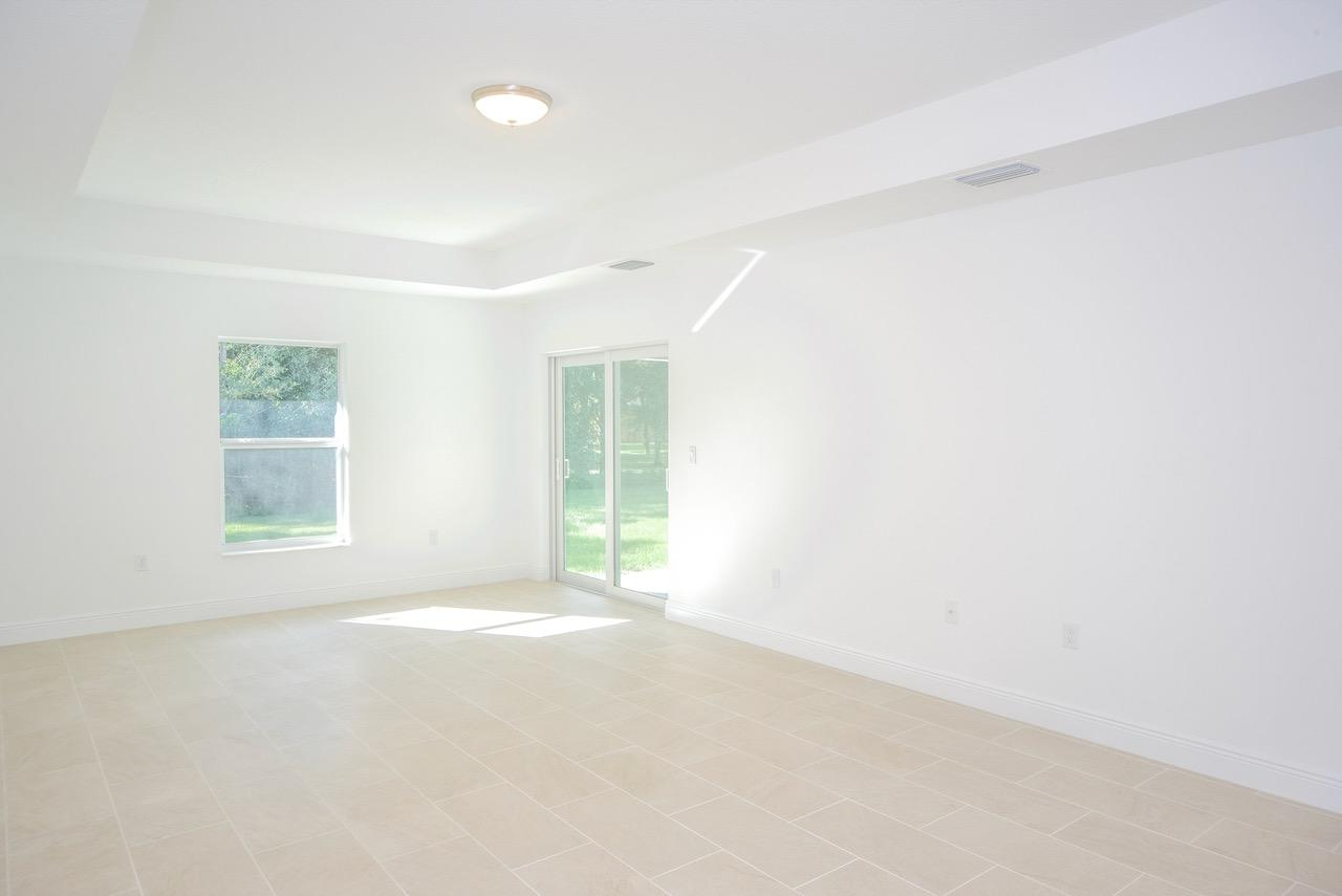 Listing photo id 46 for 4431 Jaunt Road Sw