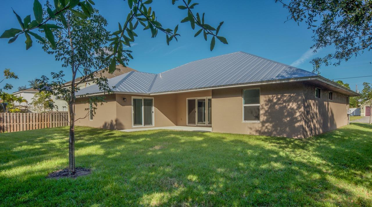 Listing photo id 65 for 4431 Jaunt Road Sw