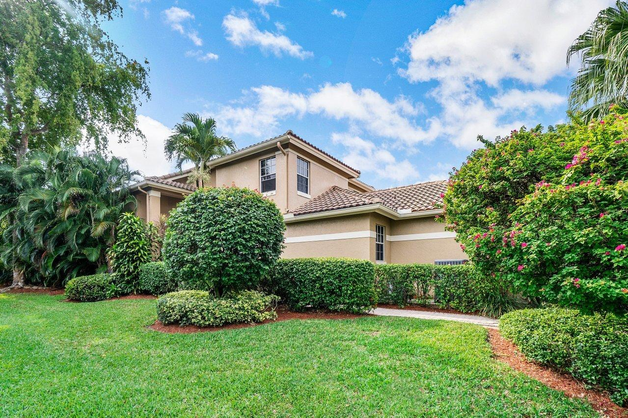 6696 NW 25th Terrace  For Sale 10710187, FL