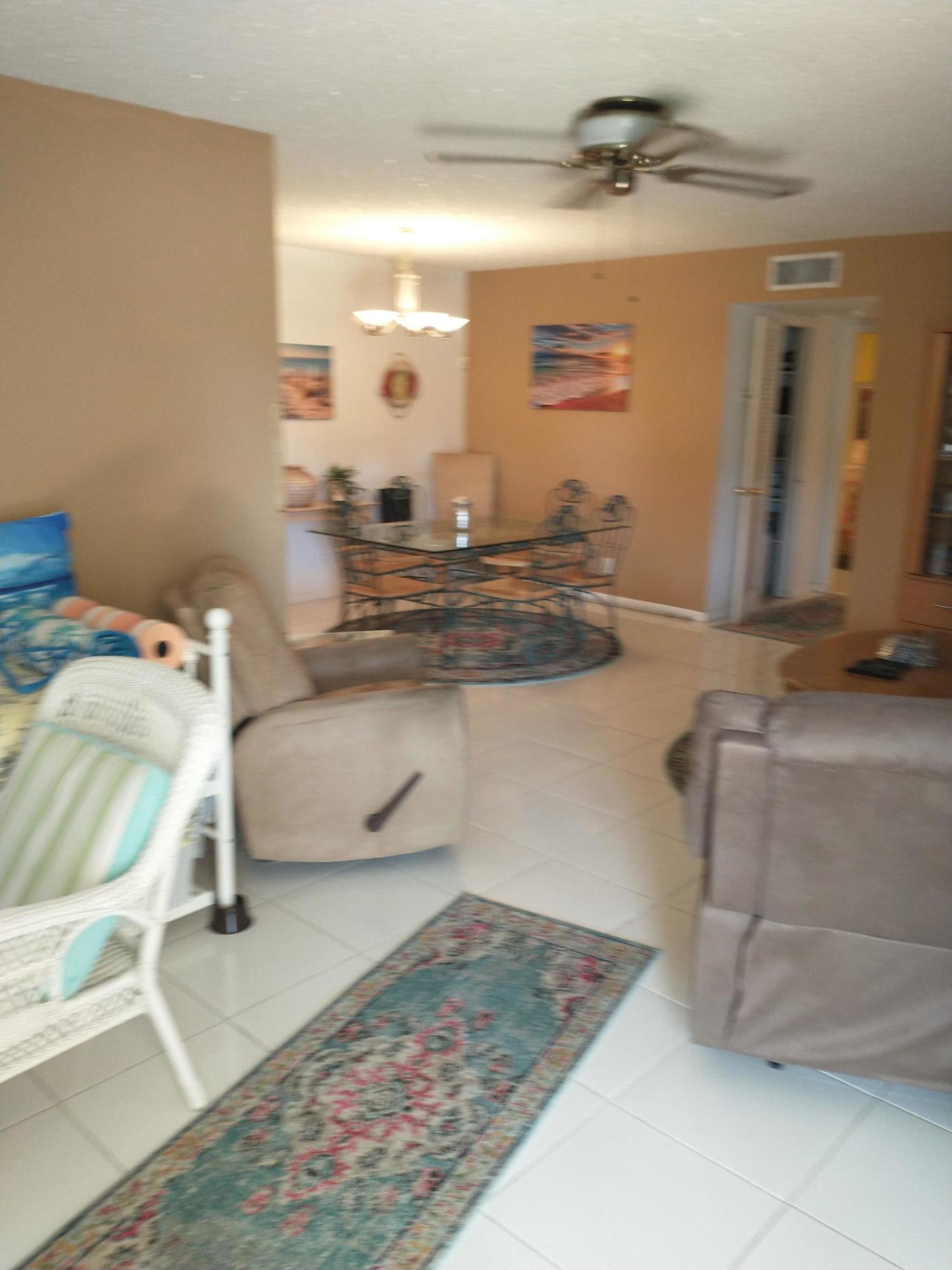 201 Country Lane B Boynton Beach, FL 33435