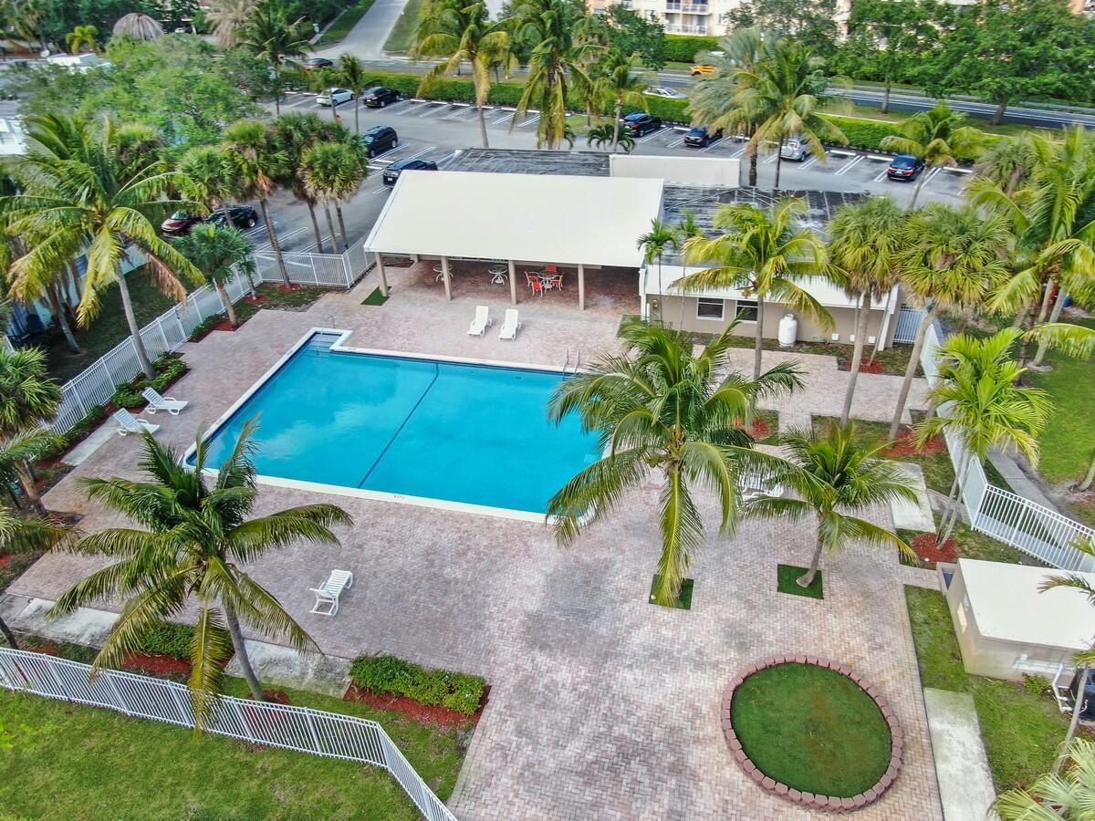 425 Executive Center Drive 211 West Palm Beach, FL 33401 photo 7