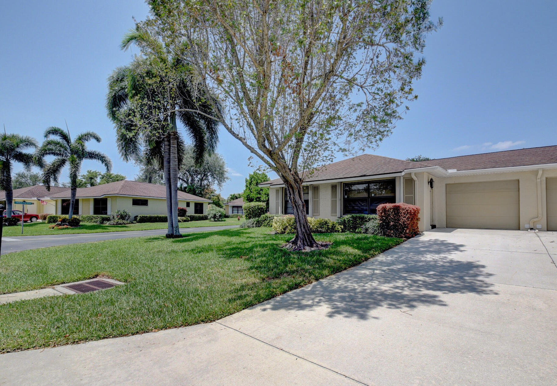 4335  Pear Tree Circle A For Sale 10710508, FL