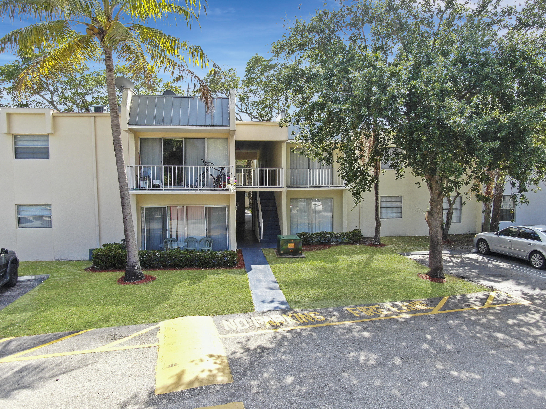 437 Executive Center Drive 202 West Palm Beach, FL 33401 photo 5