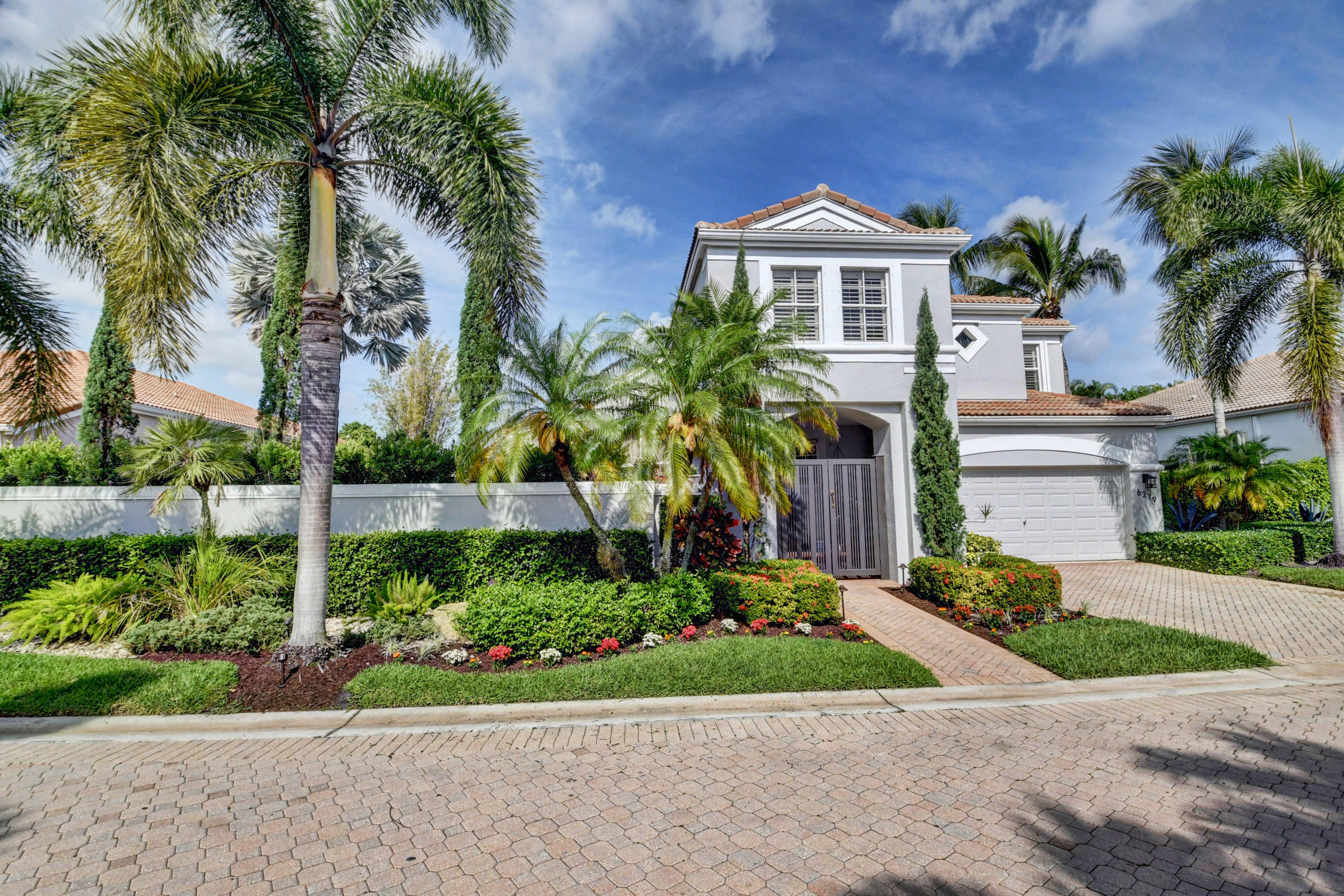 6279 NW 43rd Terrace  For Sale 10710756, FL