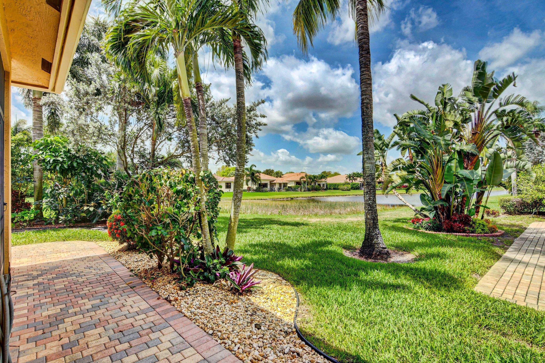 6863  Boscanni Drive  For Sale 10710720, FL
