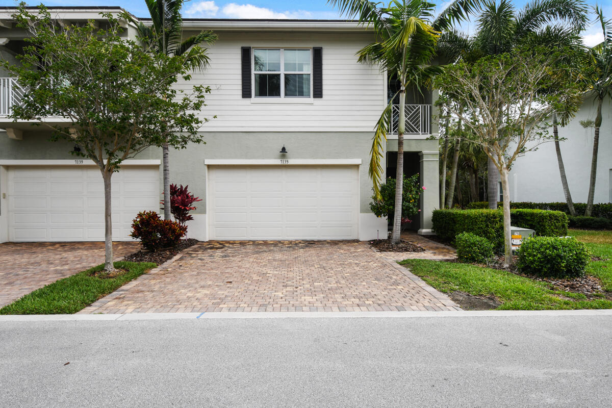 Incredible opportunity to lease a well-appointed, end unit townhome in the desirable community of Hampton Cay. This unit is being offered fully furnished where you don't need to bring anything but your clothes and toothbrush. The unit has 3 bedrooms and 2.5 baths with a two car garage, and is equipped with hurricane impact glass, stone countertops, high end appliances, custom closets, and high quality furnishings that have been well cared for. Hampton Cay is perfectly located at PGA Blvd and Central Blvd where you can walk or bike to some of the best restaurants Palm Beach Gardens has to offer with access to both I-95 or the Turnpike in less than one minute for easy commuting! The community also offers a resort pool, fitness center, and a clubhouse for your enjoyment.