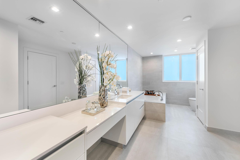8. Her Bathroom