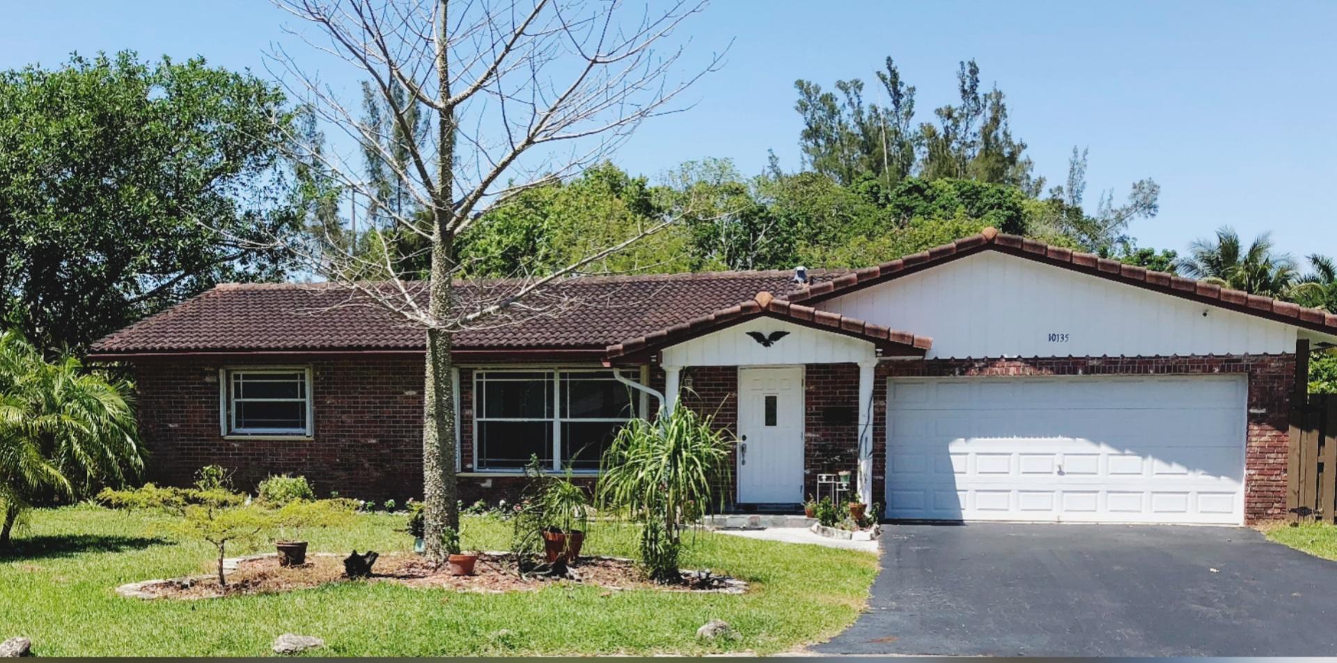 Home for sale in Deer Run Springs Coral Springs Florida