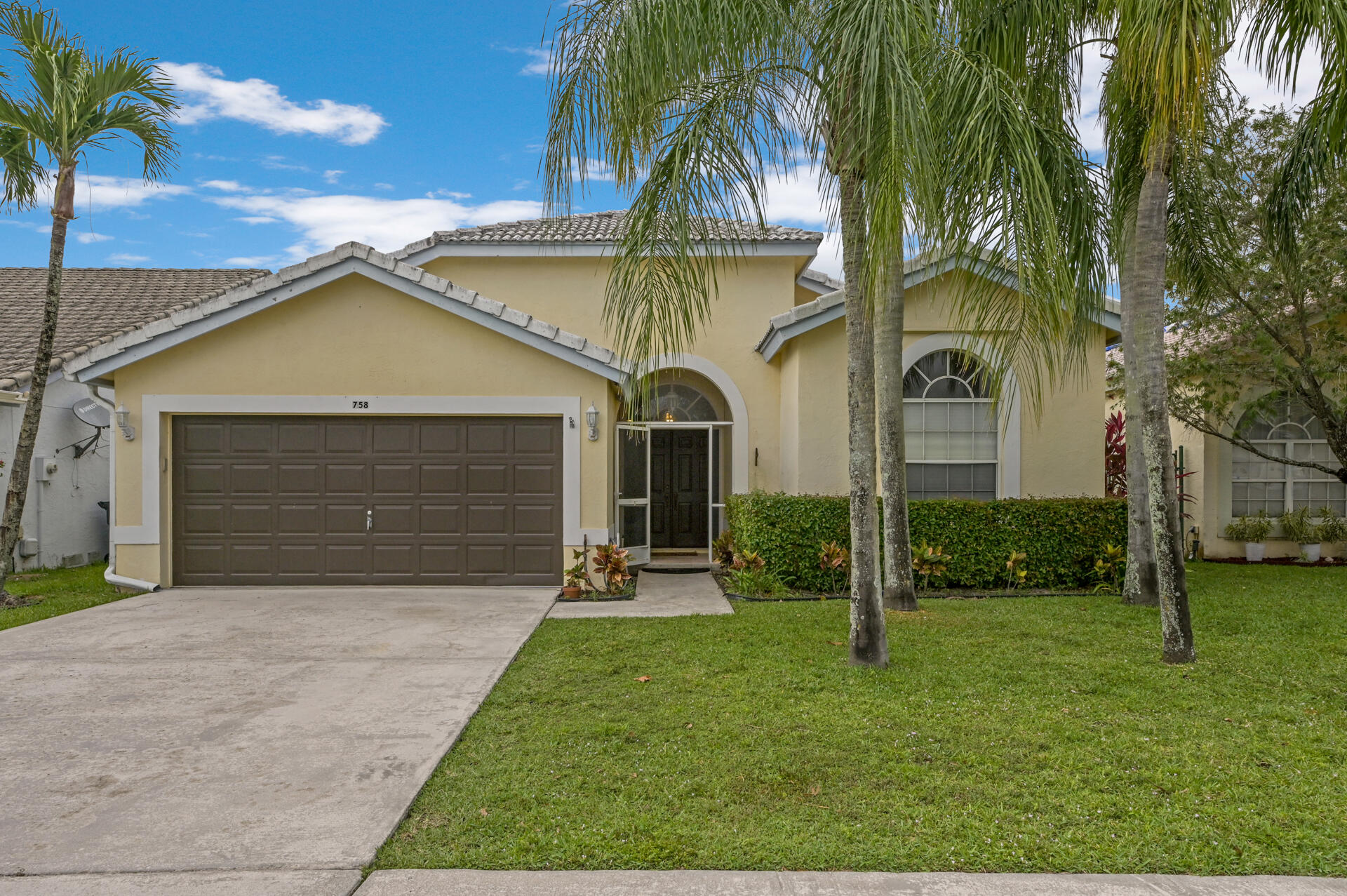 758 Lake Wellington Drive Wellington, FL 33414 photo 1