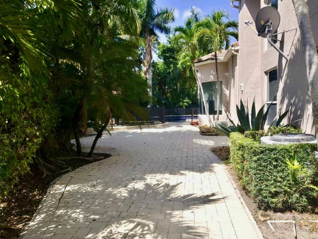 2533 Coakley Point West Palm Beach, FL 33411 photo 37