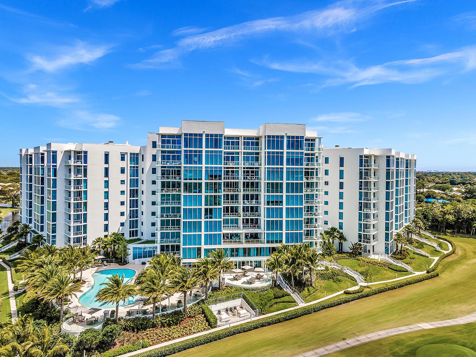 20155  Boca West Drive  C-405 For Sale 10711122, FL