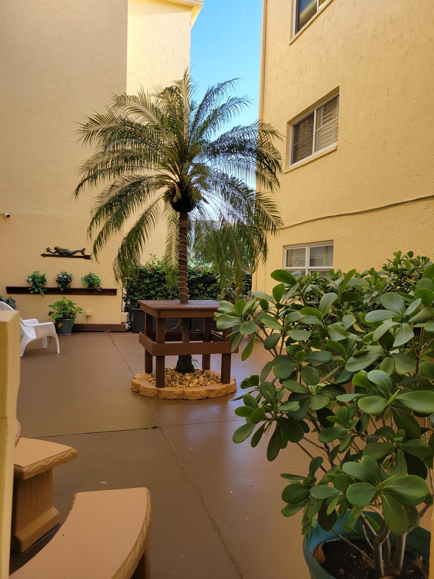 Home for sale in VILLAGE ROYALE GREENWOOD CONDO Boynton Beach Florida