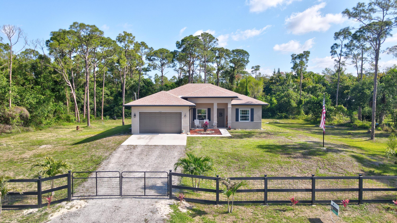Home for sale in Loxahatchee/Acreage Loxahatchee Florida
