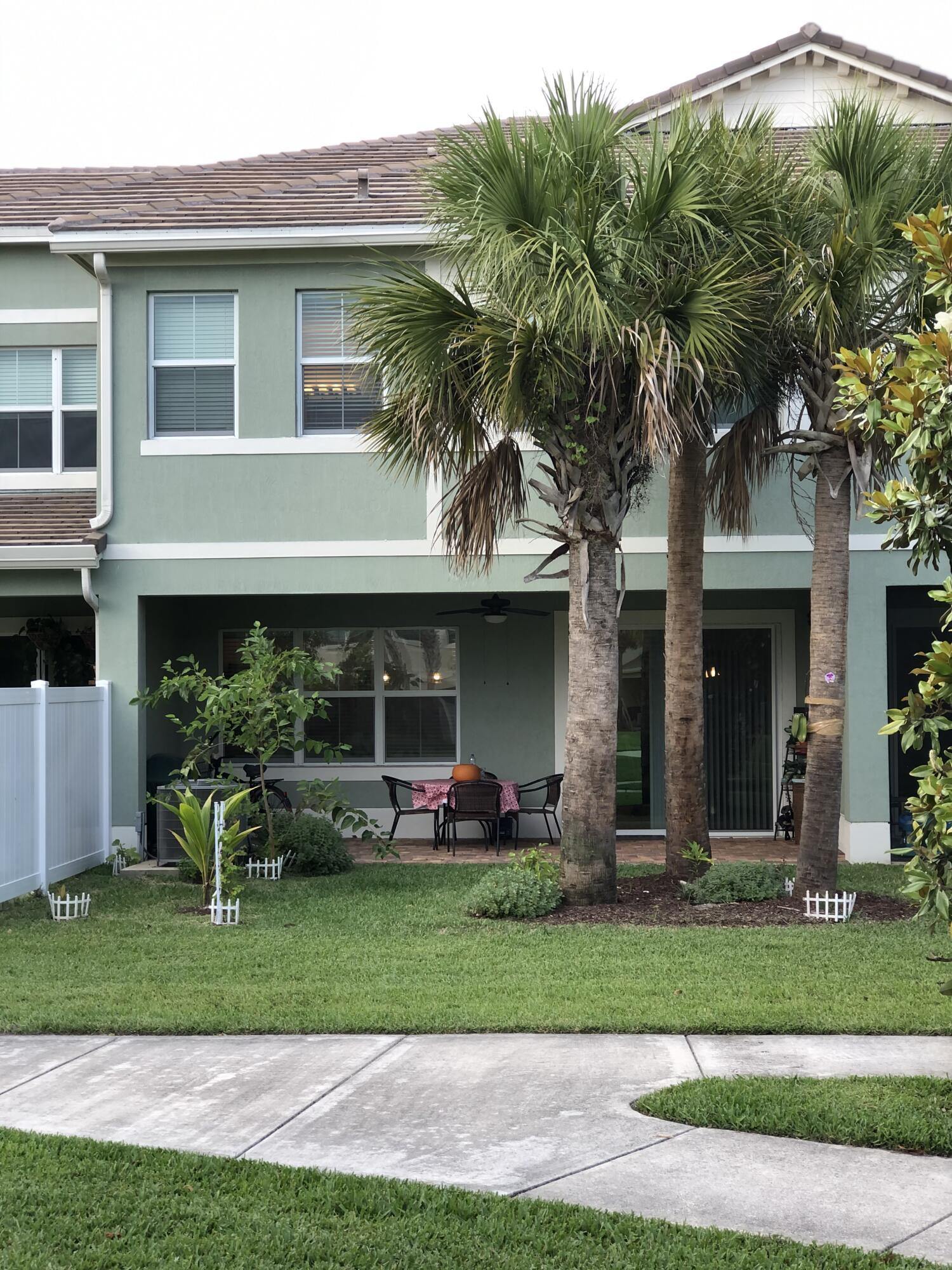 12120 Cypress Key Way Royal Palm Beach FL 33411