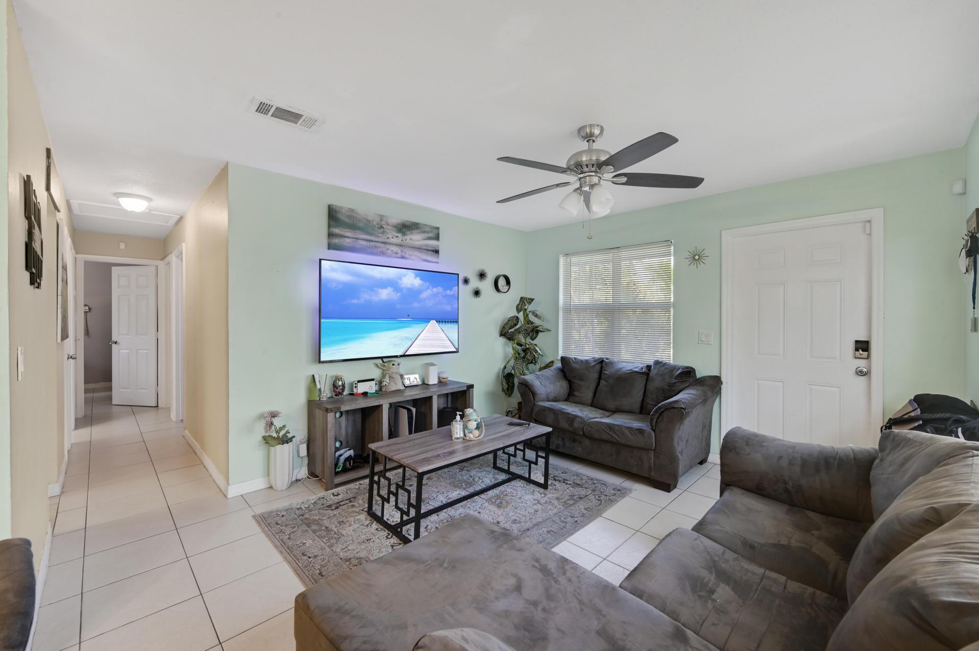 1459 8th Street West Palm Beach, FL 33401 photo 5