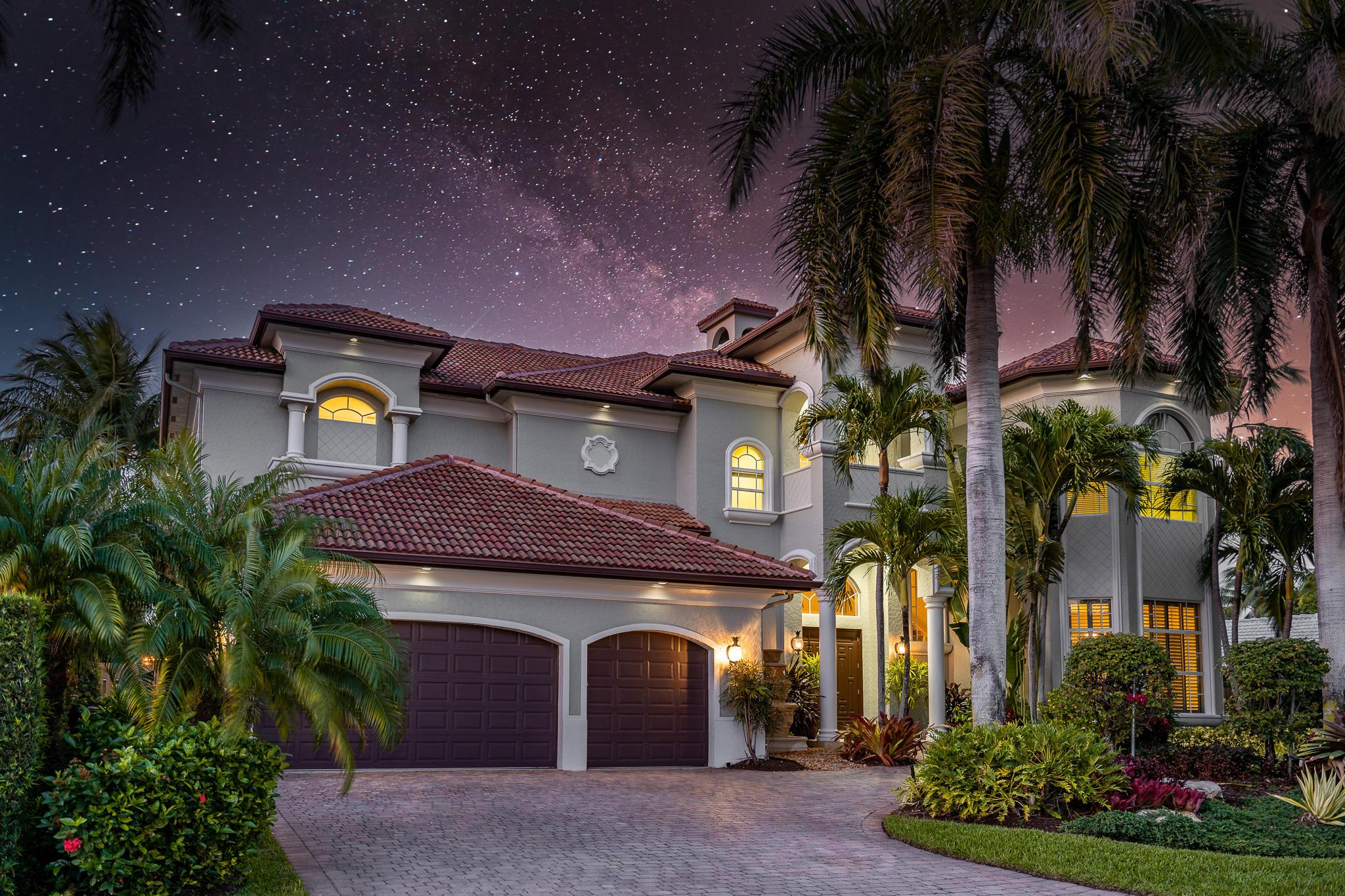 945  Banyan Drive  For Sale 10710868, FL