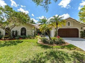 1900 Augusta Terrace, Coral Springs, FL 33071