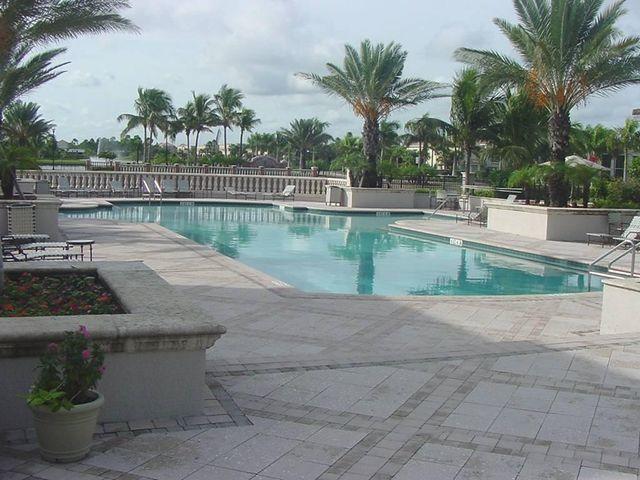 2727 Anzio Court 202 Palm Beach Gardens, FL 33410