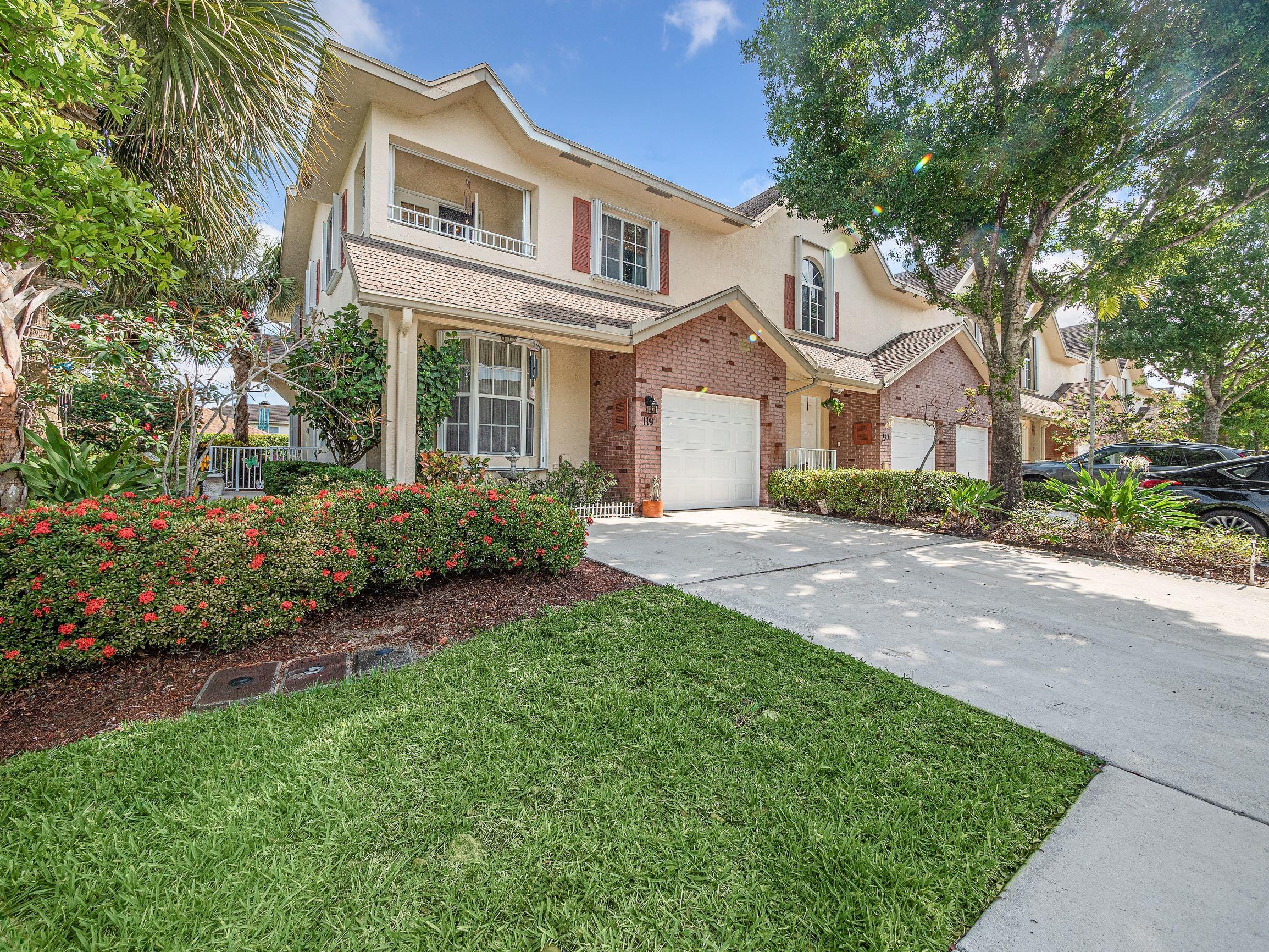 119  Spruce Street  For Sale 10712420, FL
