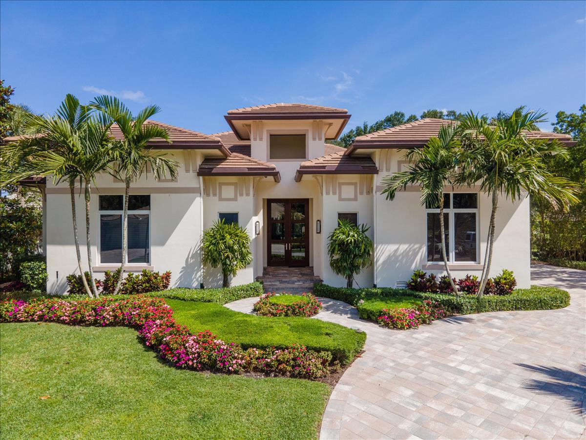 4570  Live Oak Boulevard  For Sale 10711916, FL