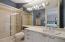 En suite bath for bedroom #4