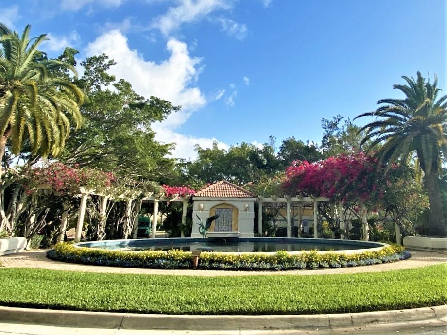 58 Via Del Corso Palm Beach Gardens, FL 33418 photo 2