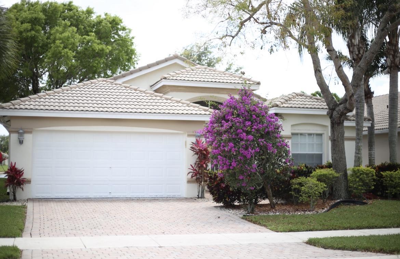 Home for sale in Bellaggio Lake Worth Florida