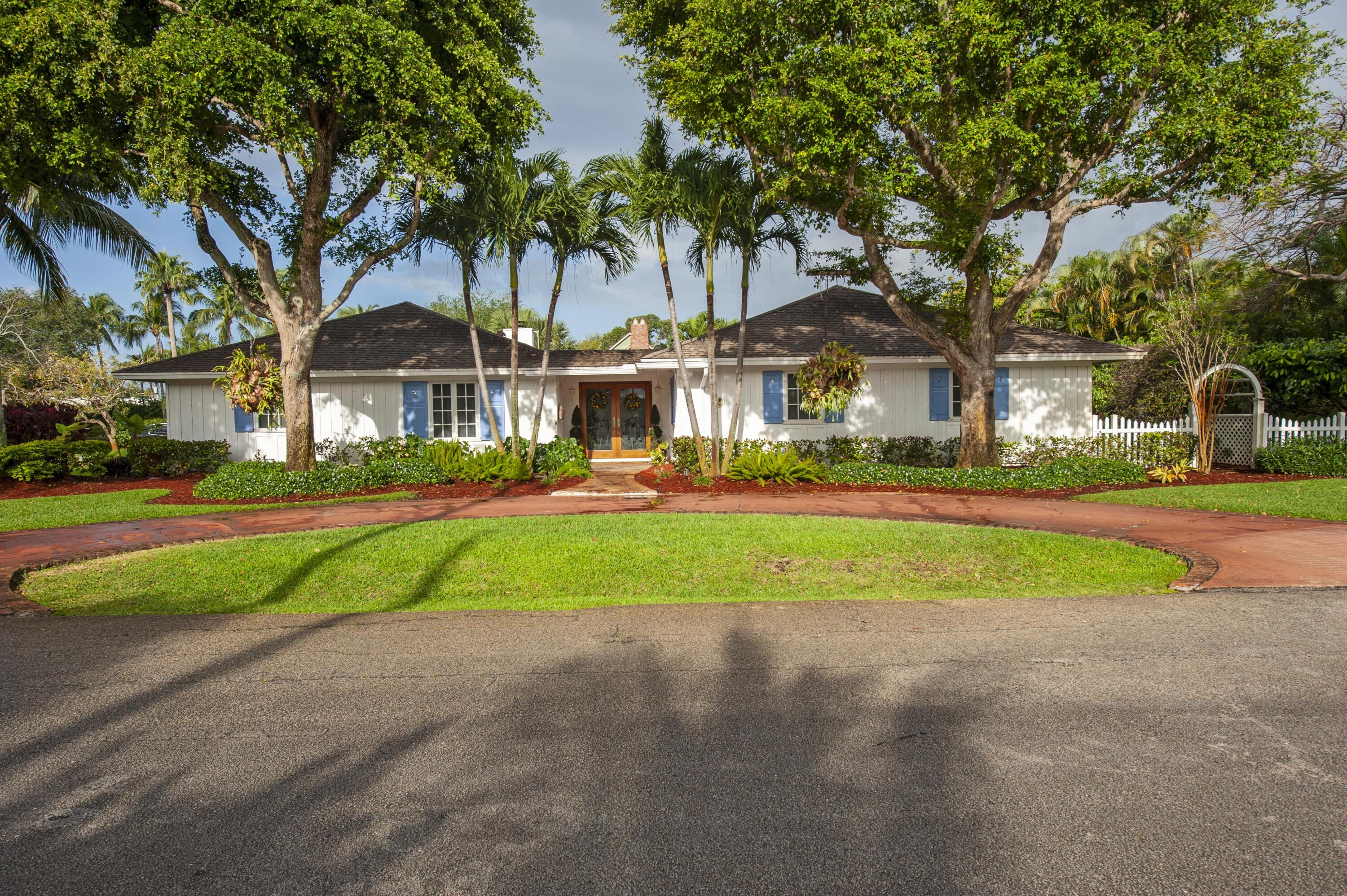 401 NW 17th Street  For Sale 10711996, FL